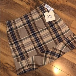 Brand New!! Plaid skirt from aritzia